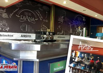 Decoración de BAR DIANA con publicidad de HEINEKEN Y AMSTEL