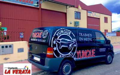 Rotulaciones para las empresas Trabajos en Metal Yunque y Construcciones Hernández de Cuacos